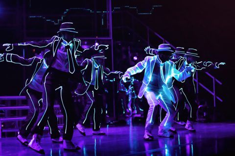 BEAT-IT_Showbild_06(c)DominikGruss_Song-Smooth-Criminal